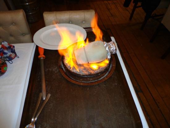 Istanbul Enjoyer Cafe & Restaurant: El espectaculo del Testi Kebeb