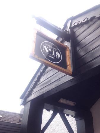 No 19 Restaurant & Grill