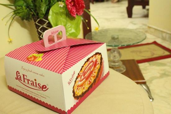 Beautiful Cake Box Picture Of Lafraise Pastries Bakery Payyanur