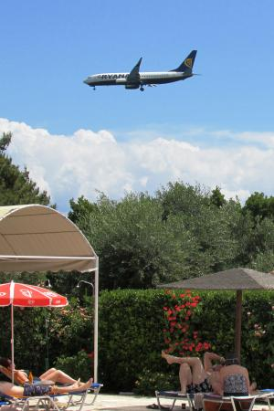 Alexandros: Aircraft Spotters Favourite Resort Hotel
