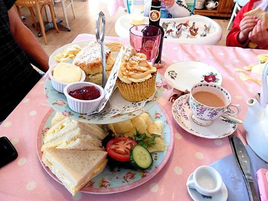 Sarah S Cafe Harrow Menu