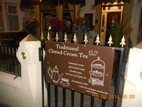 The Glenroy Hotel: Our clotted cream tea signs