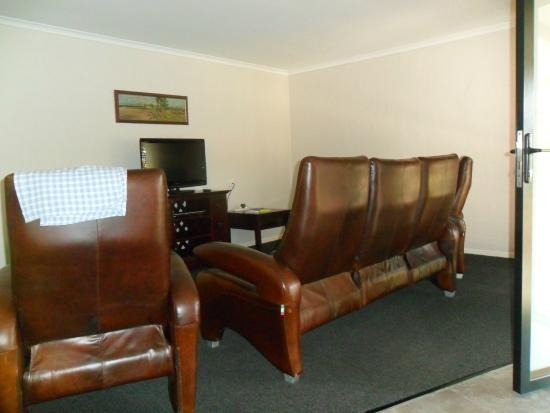 Hervey Bay Colonial Lodge: Lounge