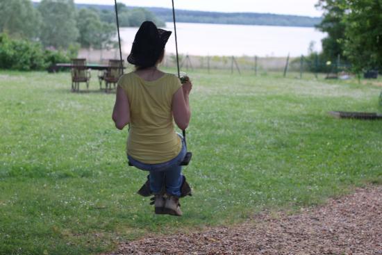 Indre-et-Loire, Frankrike: La vue de la balançoire à côté de la maison