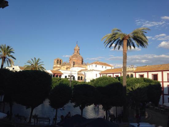 Posada San Fernando: Vue sur la place