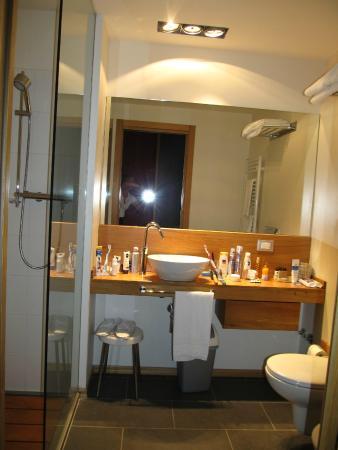 Cortese Hotel: Badezimmer auf dem Zimmer