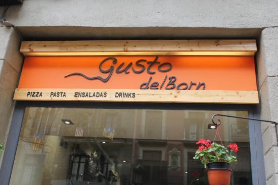 Gusto del Born : Fachada do restaurante