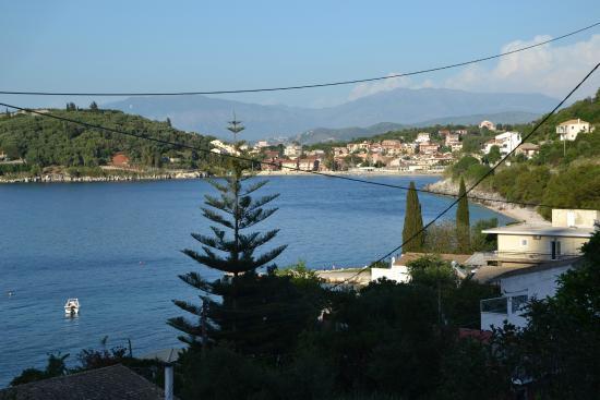 Dimitrios Apartments: The view towards Kassiopi