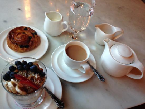 The Ludlow New York City: Complimentary breakfast of granola/yogurt