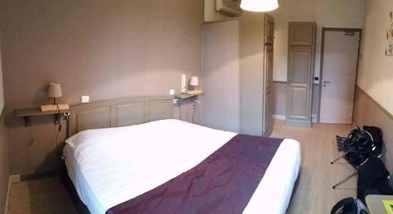 Hotel Pontet: Chambre Supérieure 5