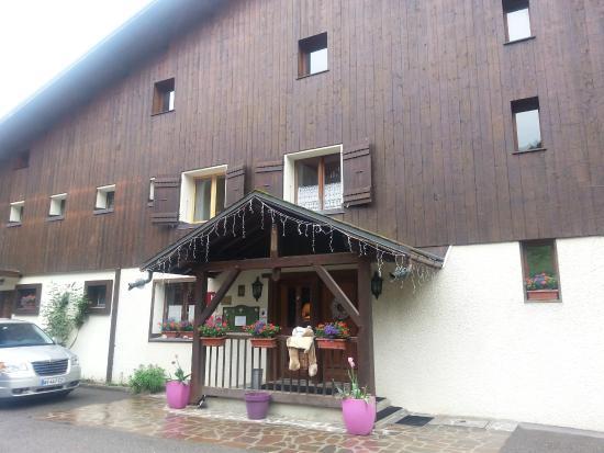 Hotel Edelweiss : Entrée de l'hôtal