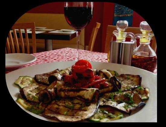 Verduras a la parrilla picture of mykonos cocina for Cocina mediterranea
