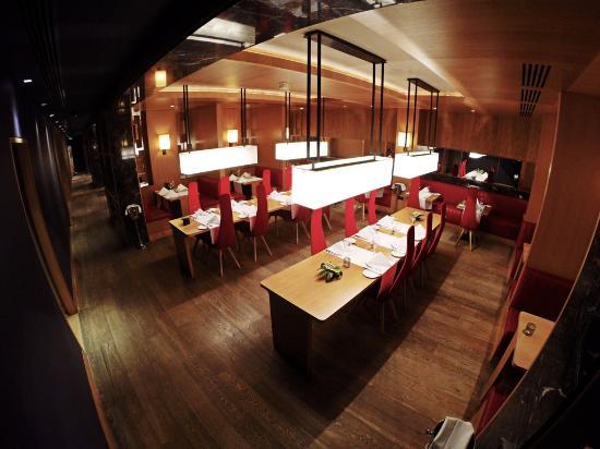 The Restaurant at Fitzwilliam Hotel: The Restaurant