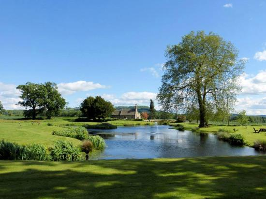Llansantffraed Court: Lake