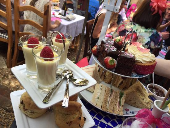 The Courtyard Tea Rooms: Afternoon Tea