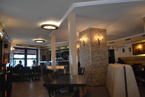 Hotel Mitte Berlin: Bar en la planata baja del Hotel