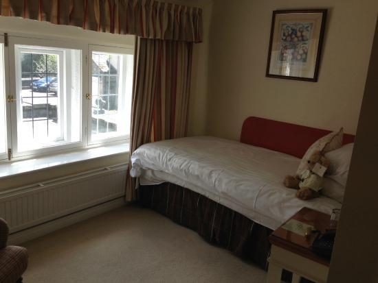 George Hotel: Single room