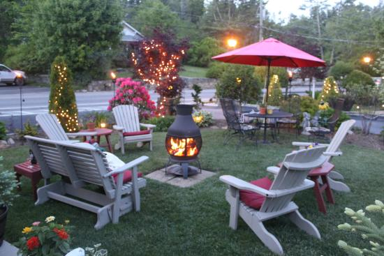 Mountainaire Inn and Log Cabins: Fire pit