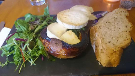 The Barge Inn: Dinner