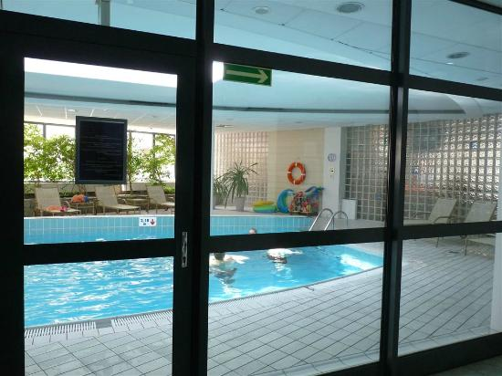 schwimmbad bild von hotel novotel szczecin centrum stettin tripadvisor. Black Bedroom Furniture Sets. Home Design Ideas