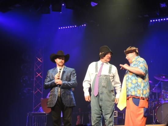 Baldknobbers Jamboree: Hijinx going on here