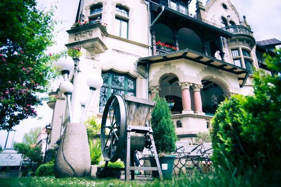 hochterrasse villa antik rinascita unterkonstruktion dachterrasse