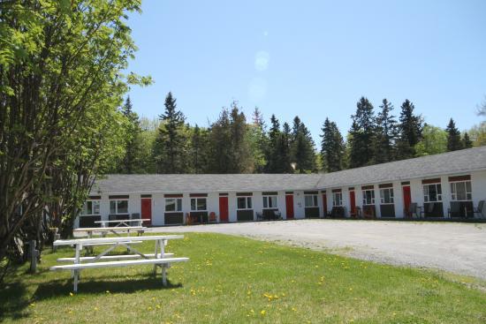 motel picture of camping rimouski motel de l 39 anse. Black Bedroom Furniture Sets. Home Design Ideas