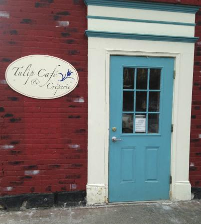 Tulip Cafe and Creperie: Welcome to Tulips