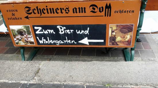 Scheiners am Dom: Много посадочных мест