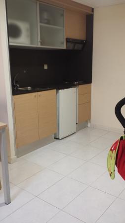 Complejo Acuazul: cocina del apartamento