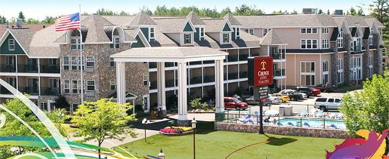Photo of Crown Choice Inn & Suites Lakeview & Waterpark Mackinaw City