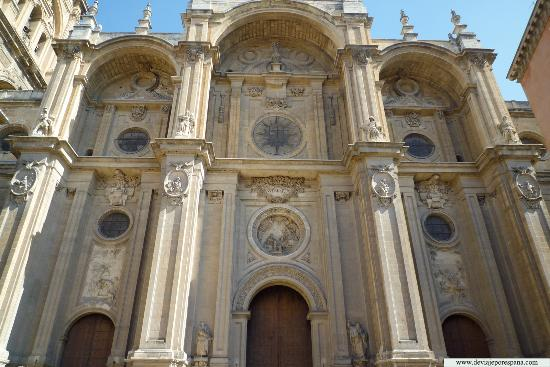 Katedral dan Royal Chapel (Capilla Real)