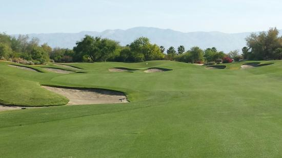 Desert Willow Golf Resort : One of many great desert mountain views at Desert Willow