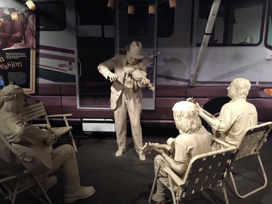 International Bluegrass Music Museum: Sculpture of bluegrass musicals