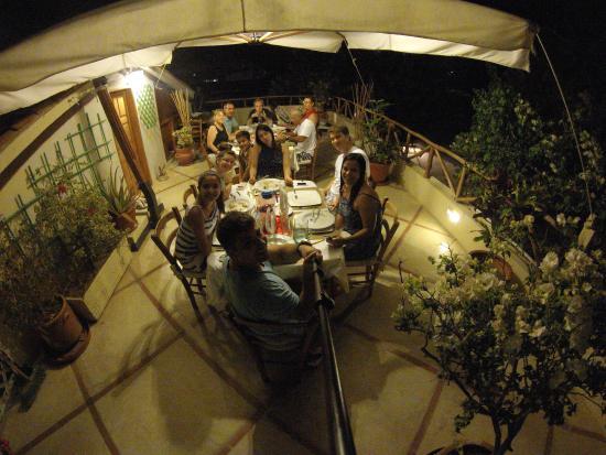 Posada El Pelicano: Jantar entre amigos, comida maravilhosa!!!