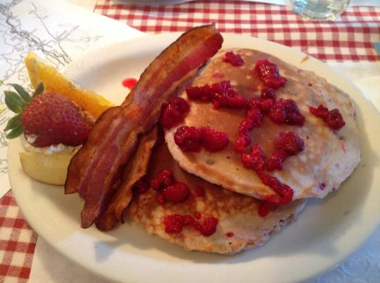 Proctorsville, VT : Raspberry pancakes with real Vt maple syrup and bacon