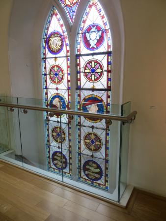 Highlanes Gallery: Stained glass windows