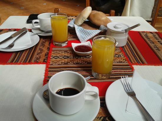 Hostal Pascana: Café da manhã