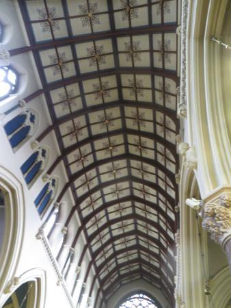 โดรกเฮดา, ไอร์แลนด์: Inside ceiling