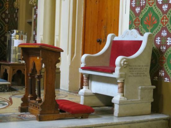 โดรกเฮดา, ไอร์แลนด์: Chair from Pope's visit