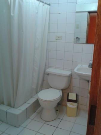 Hostal Pascana: Banheiro