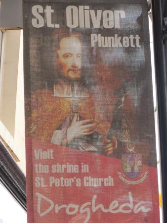 Drogheda, Irlanda: Identification of Sir Oliver Plunkett at the church