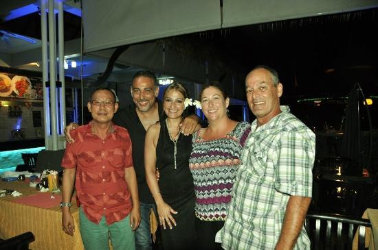 Samaya Bura: Mr Napachamchantr, owner, interesting french couple and us!