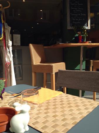 Restaurant place o soleil dans thonon les bains avec for Ai cuisine thonon