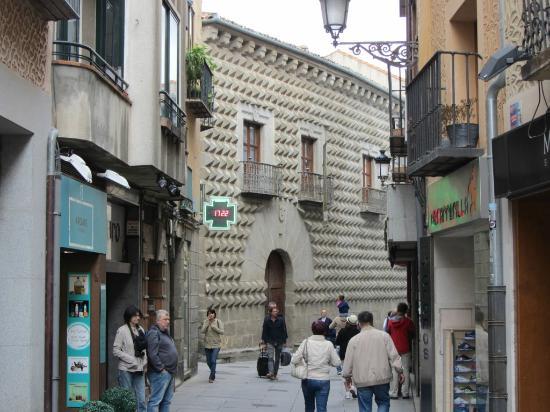 Каса де Пикос - Picture of Casa de los Picos, Segovia ...