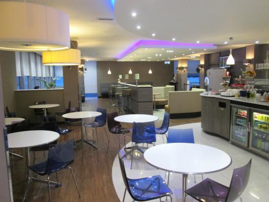 Restaurants Near Gatwick North