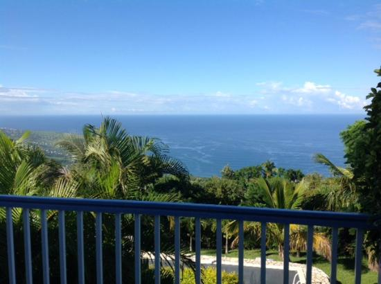 Villa Mascarine: La vue pendant notre petit déjeuner <3