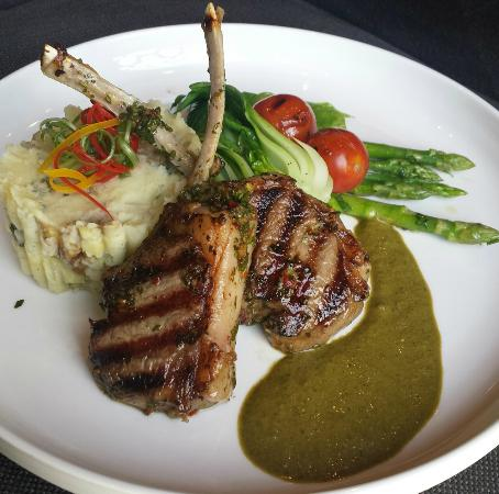 The One Restaurant: Lamb Cutlets