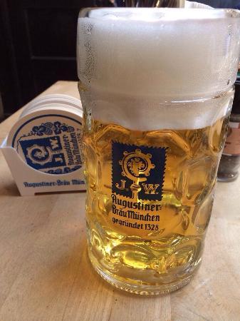 Mass Bier - Bild von Augustiner Stammhaus, München