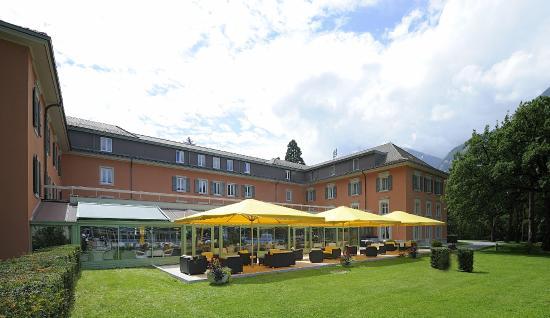 Grand hotel des bains lavey les bains switzerland for Grand hotel des bain
